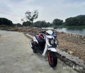一口价2200转让普通二轮摩托车,才跑2千多米。