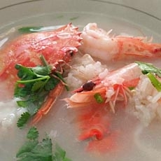 无米鱼虾蟹粥