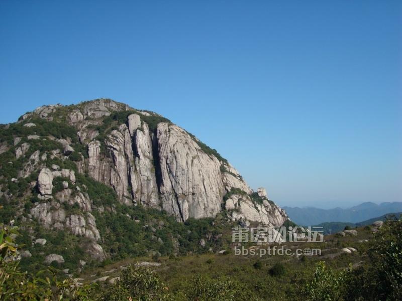 快乐全纪录     麦斜岩是仙游四大景之一,座落在县城东北的钟山镇境内
