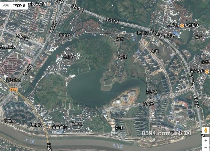 谷歌卫星地图上,玉湖新城的雏形已经基本上能够显现出来,现在荔浦村