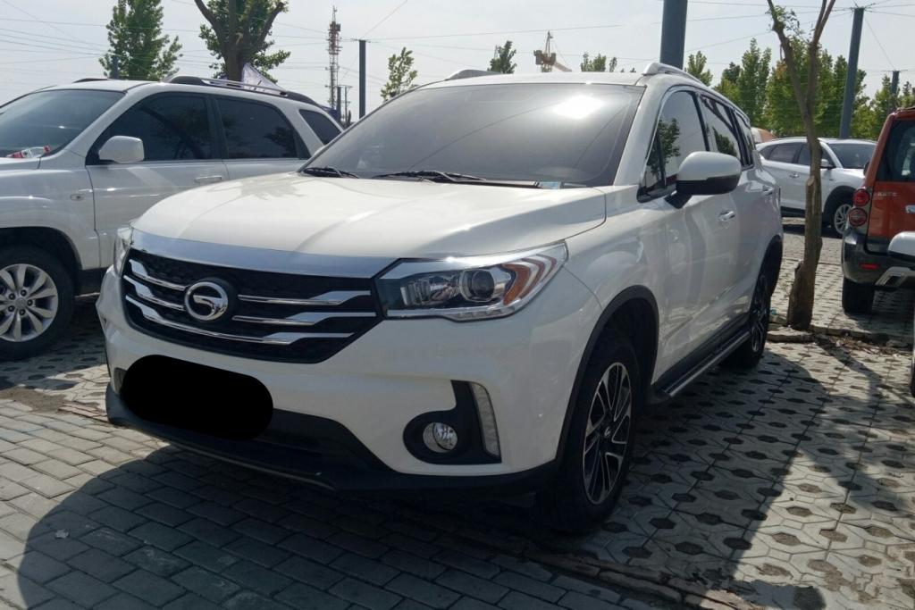 广汽传祺白色GS4 2017款 1.5T 自动 235T精英版前驱