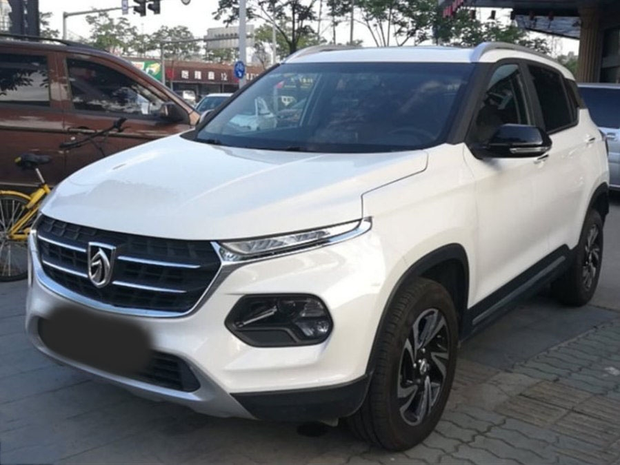 宝骏510白色2017款 1.5L 自动豪华型