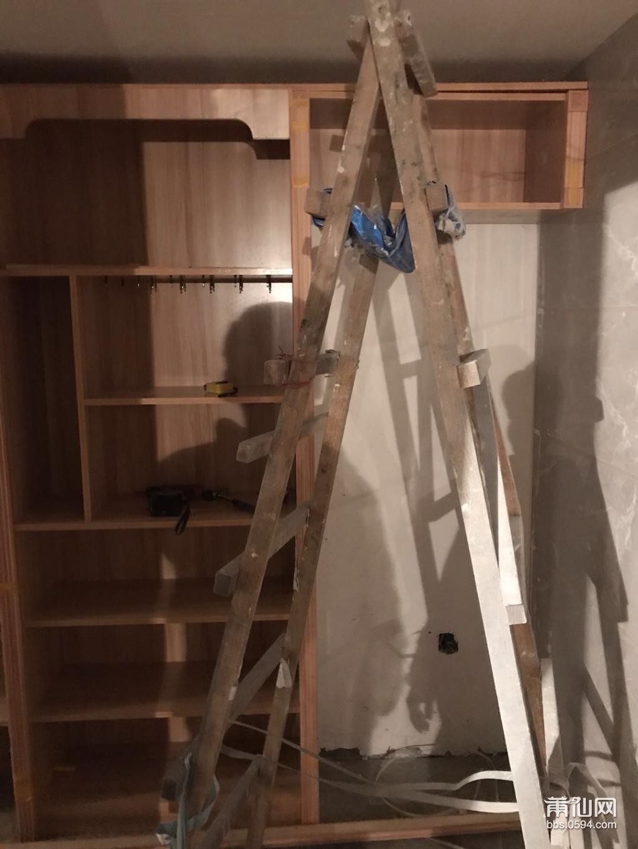 木工安装柜子