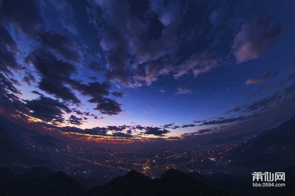 九华山.jpg