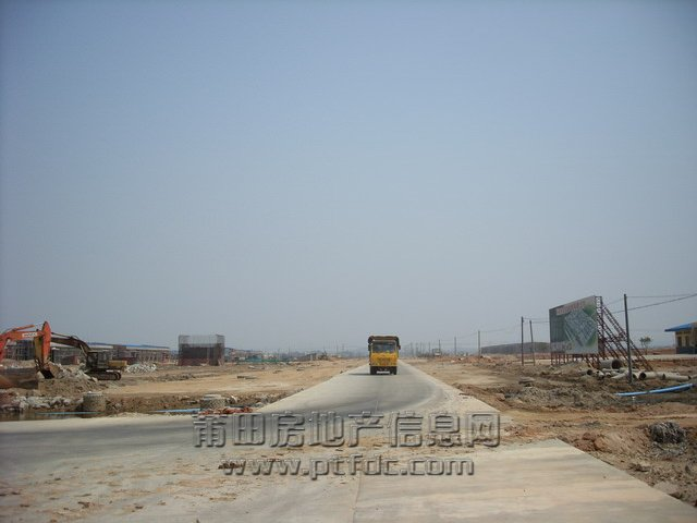 街拍莆田:秀屿木材加工区最近图片