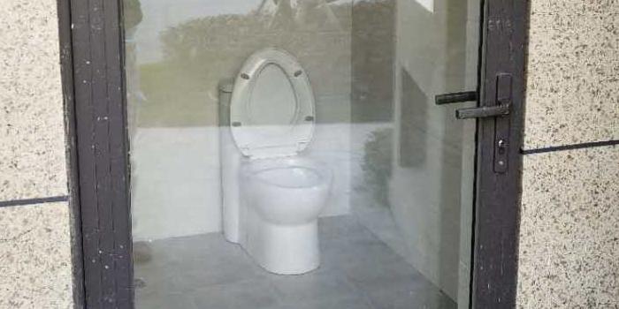 莆田惊现透明厕所,让人情何以堪